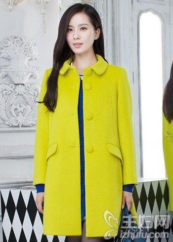 资讯生活时尚呢子大衣美搭 穿出潮流前线衣服的至in风范儿